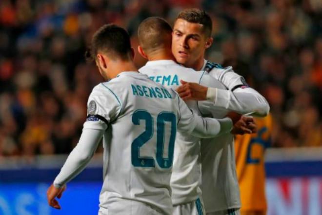 Ronaldo và Benzema lập công lớn choReal